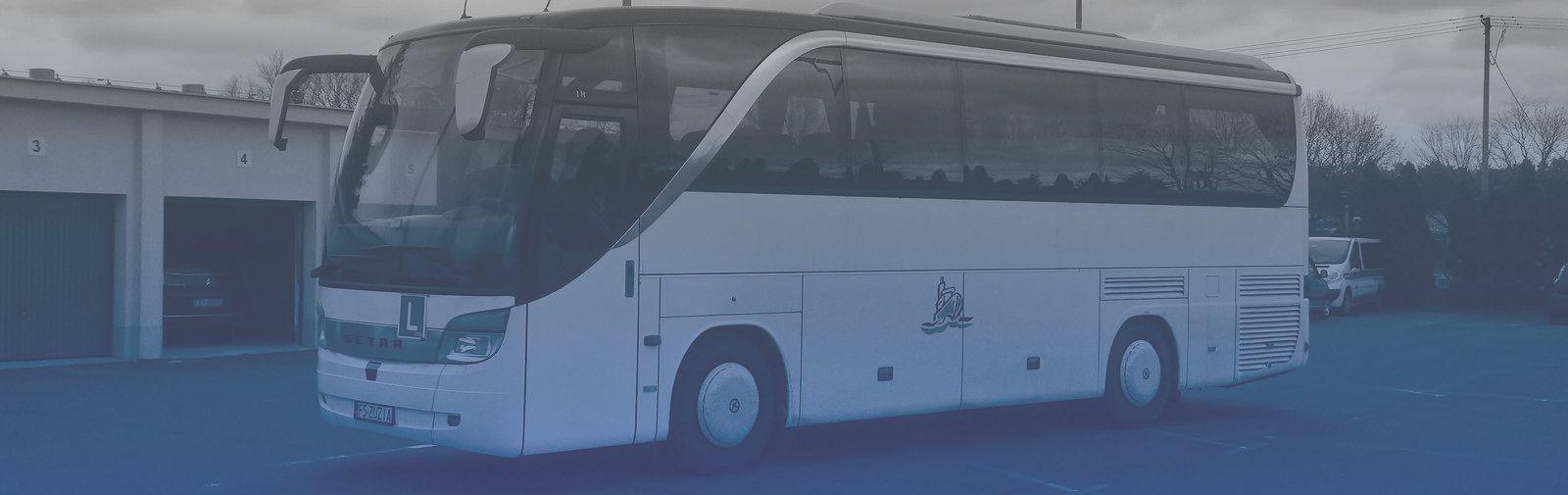 Ilustracja do informacji: Autobus marki Setra na egzaminie kat. D